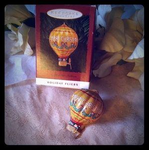 Vintage Hallmark Tin Hot Air Balloon Ornament